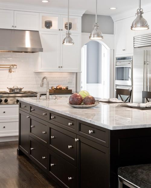 Designer: Venegas and Company | Blog White Linen Interiors Miami