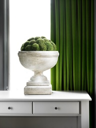 A green and white color palette | Blog White Linen Interiors Miami
