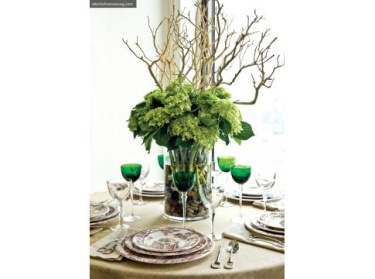 simple creative tabletop centerpiece.