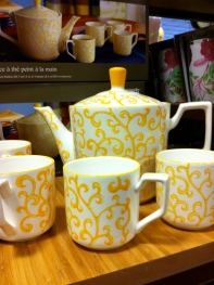 yellow and white mug